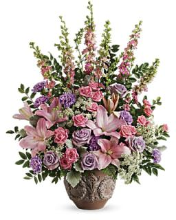 Teleflora\'s Soft Blush Bouquet