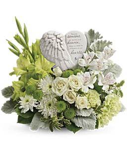 Teleflora Hearts In Heaven Bouquet