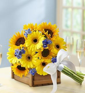 Country Wedding Deluxe Sunflower Mixed Bouquet
